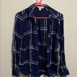 Old navy classic shirt blue and white size medium